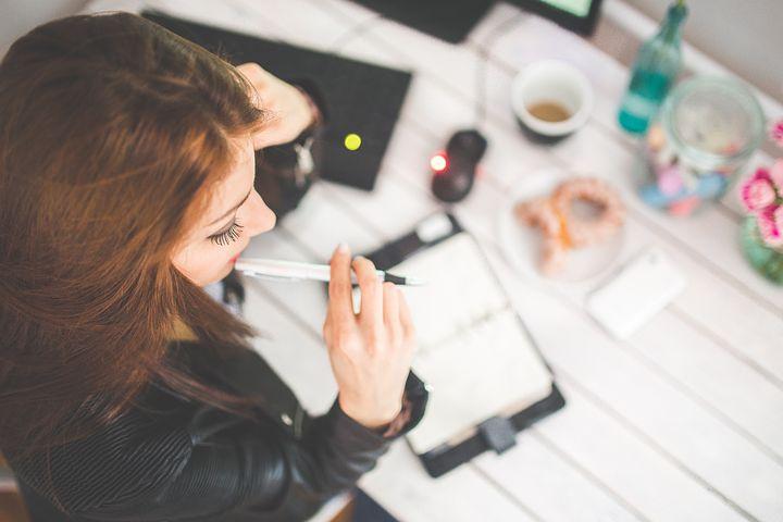 Comment créer soi-même un site Internet attractif et rentable ?